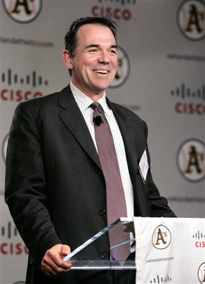 Billy Beane, o executivo que é retratado em Moneyball