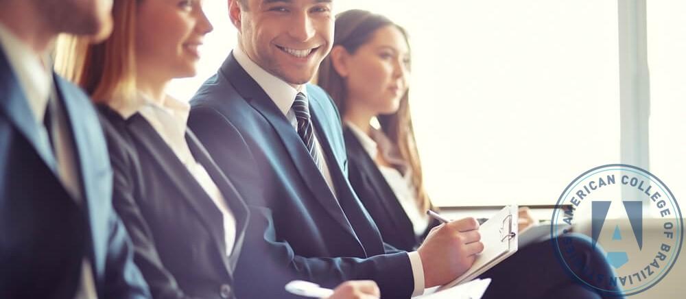 Passo a passo: como conseguir uma promoção no trabalho?