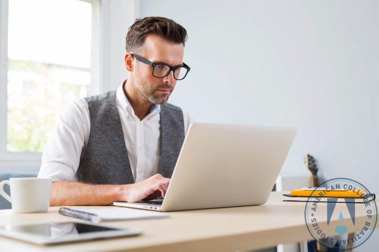 Como administrar uma pequena empresa?